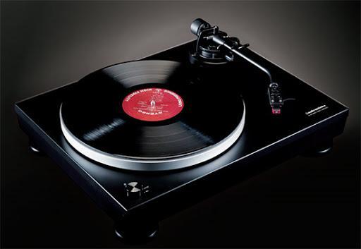 Проигрыватель винила Audio-Technica AT-LP5x с картриджем VM95