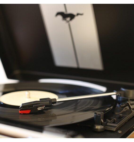 Виниловый проигрыватель ION Mustang LP Black